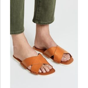 Vince Nico brown leather slide sandals size 9